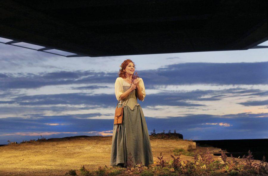 Joyce DiDonato singing in peasant dress, Donna del Lago